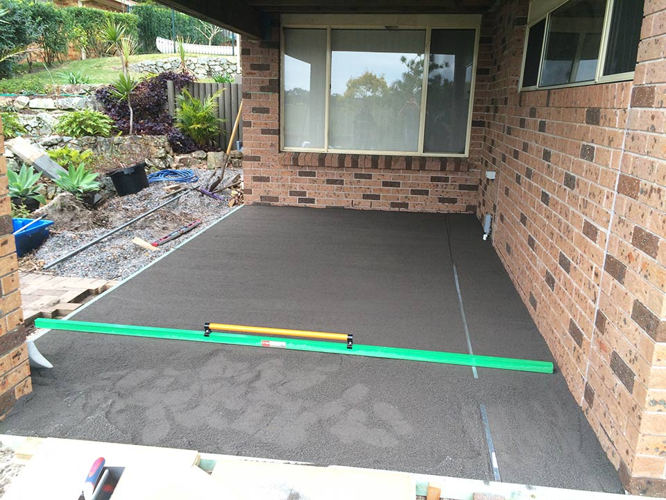 Dirtglue natural pavement alternatives for driveways and hardstands