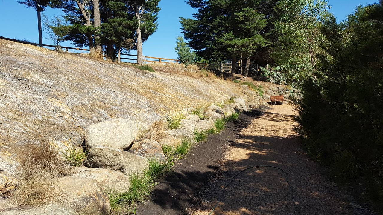 DirtGlue soil stabilisation  for  embankments, Hydro mulching and  Hydroseeding for  all land regeneration projects